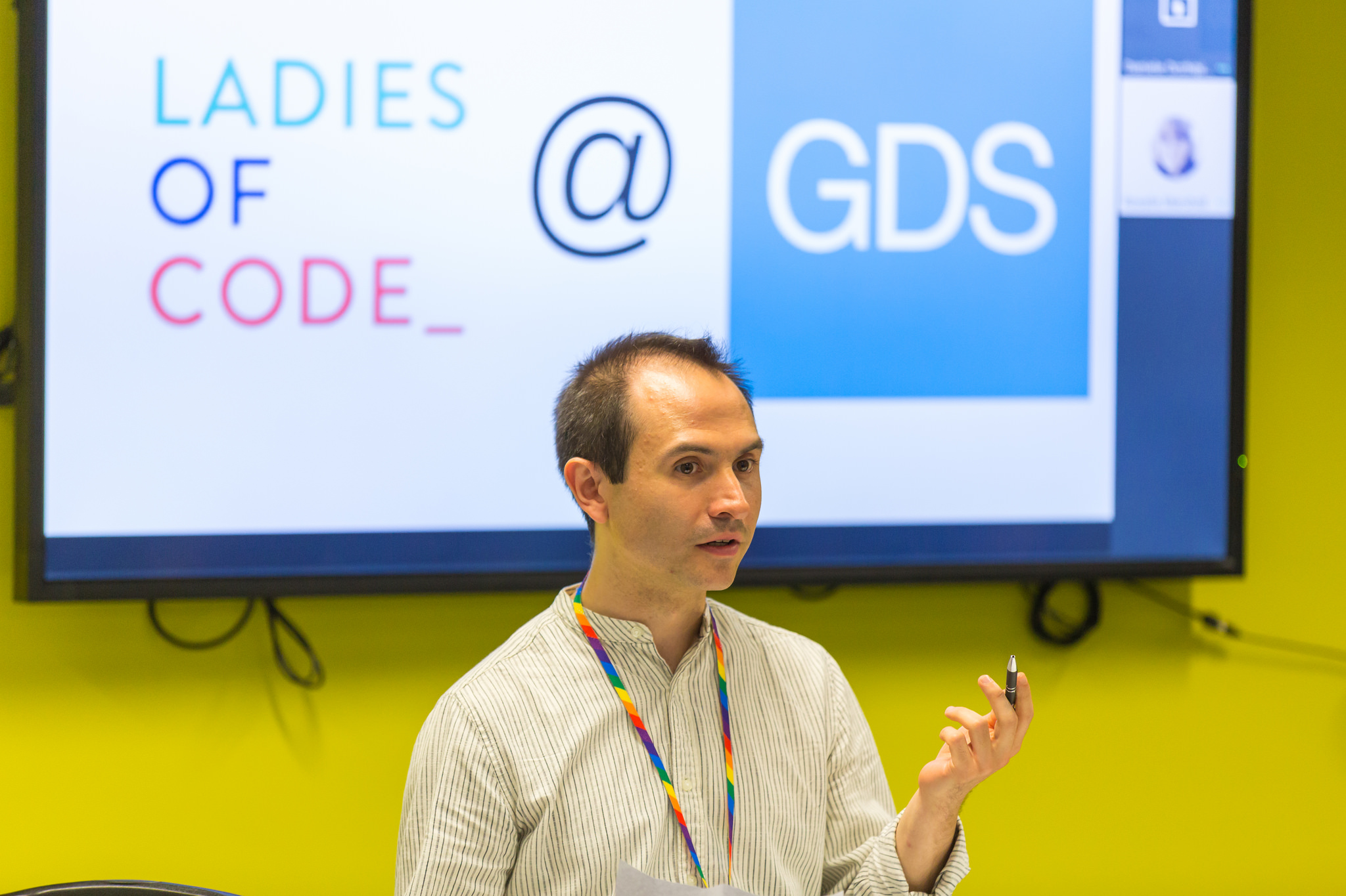 Daniele Occhipinti at Ladies of Code meetup